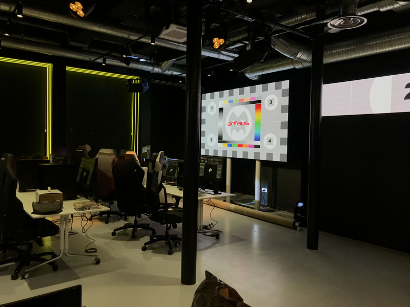 Vitality V Hive Studio with ArKaos MediaMaster Software